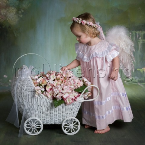 Angel with flower basket